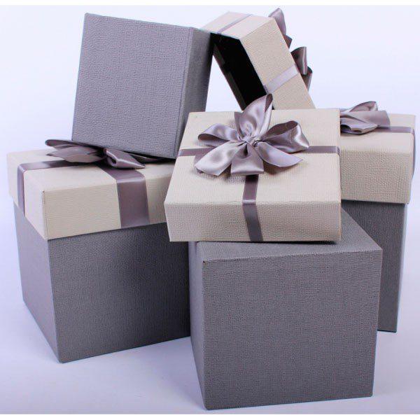 Корейская профессиональная косметика в дизайнерской упаковке в подарок