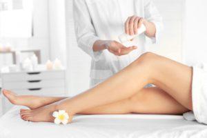 Профессиональные косметические средства по уходу за кожей после депиляции